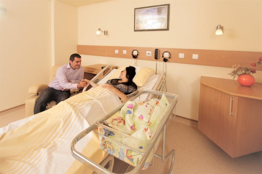 clinica sanovil bistrita maternitate